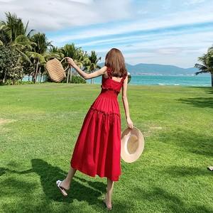 生日裙女学生超仙收腰一字肩吊带红色裙子很仙的法国小众连衣裙夏