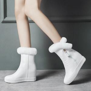 <span class=H>冬季</span><span class=H>白色</span>兔毛雪地靴女中筒内增高皮面防水短<span class=H>靴子</span>可爱加绒保暖棉鞋