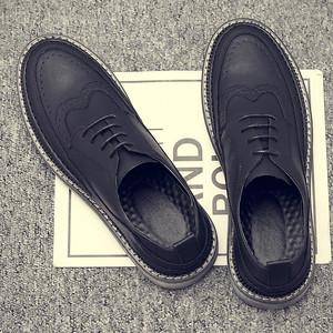 <span class=H>鞋子</span>男潮鞋韩版男士休闲鞋靴布洛克皮鞋男英伦复古马丁鞋<span class=H>男鞋</span>春季
