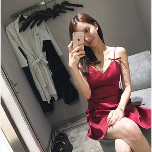红色性感夜店连衣裙夏季女装a字裙短裙子v领低胸露背收腰吊带裙女