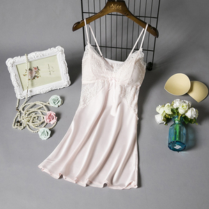 白色真丝绸吊带<span class=H>睡衣</span>女夏季性感带胸罩垫火辣冰丝成人情趣蕾丝睡裙