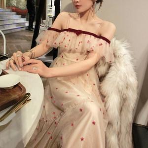 很仙的法国小众连衣裙一字肩蝴蝶结网纱复古<span class=H>吊带裙</span>度假马尔代夫裙