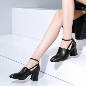 2019冬季新款搭扣真皮<span class=H>女鞋</span>方头粗跟高跟鞋里外全皮深口牛皮单鞋女