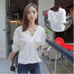 春季新款韩版大领口一字肩条纹长袖<span class=H>衬衫</span>宽松BF性感衬衣女上衣