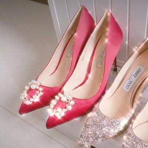 <span class=H>现货</span> Lucia Tacci原创设计师鞋履新款真丝珍珠扣高跟<span class=H>女鞋</span>红色婚鞋